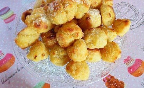 Frittelle di carnevale senza burro cotte al forno