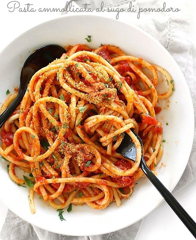 Spaghetti ammollicati al sugo di pomodoro