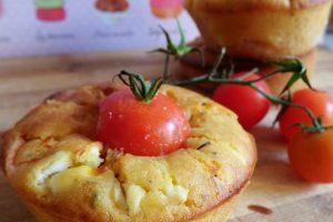 Muffin salati con pomodorini e ricotta
