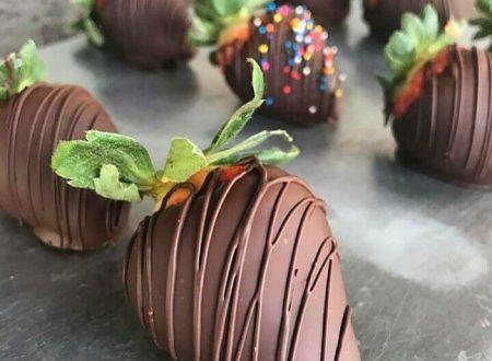 Come fare le fragole ricoperte al cioccolato
