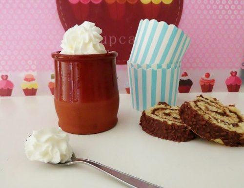 Come fare la panna per dolci montata fatta in casa