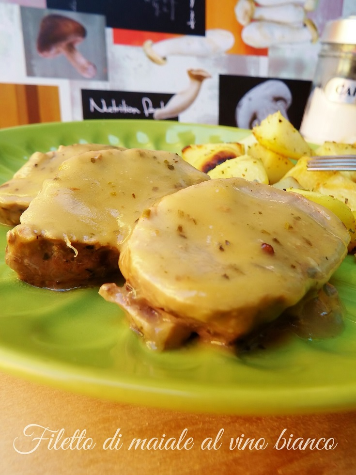Filetto di maiale con salsa al vino bianco i sapori di casa - Filetto di maiale al porto ...