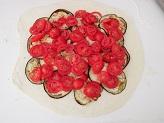 Rotolo con melanzane e pomodorini