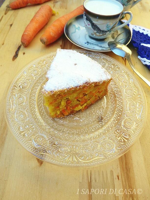 Torta con carote grattugiate