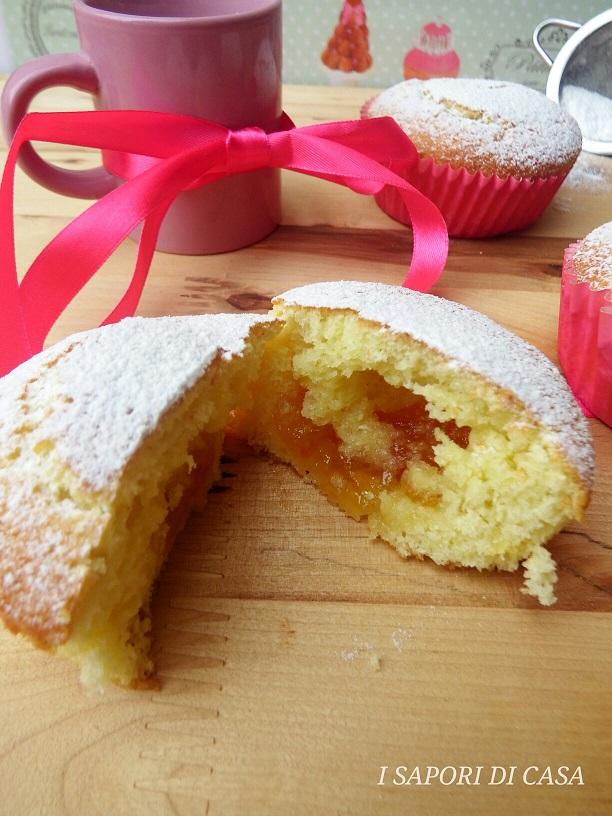 Muffin al Cocco con Marmellata di Arance