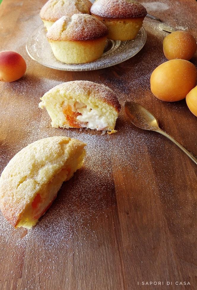 Muffin con albicocche e mascarpone