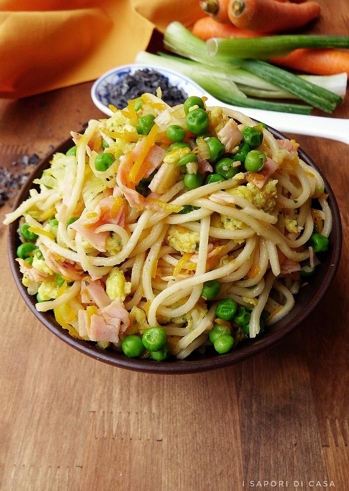 Noodles alla cantonese
