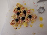 Albero di girelle di sfoglia con prosciutto noci e gorgonzola