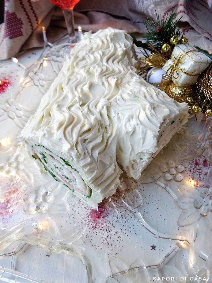 Tronchetto di Natale salato con pancarrè velocissimo