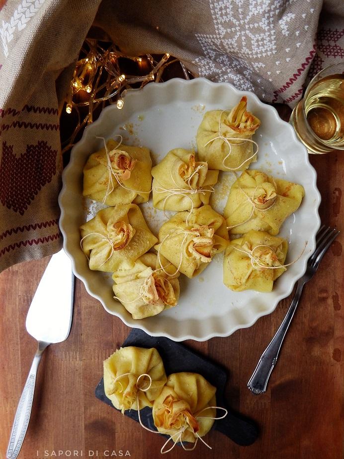 Fagottini di crepes con prosciutto zucchine e ricotta