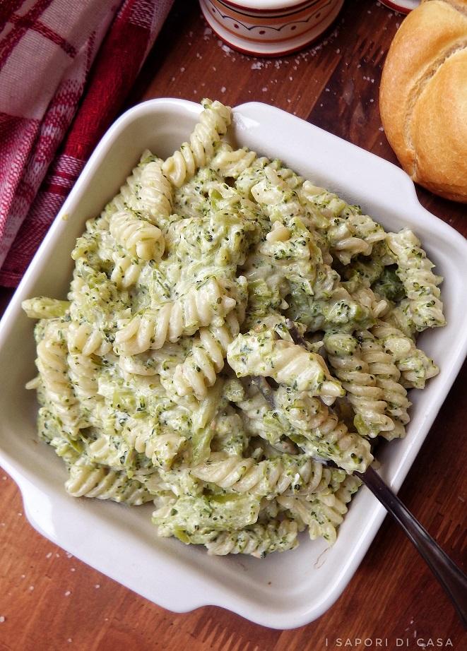 Pasta con crema di broccoli