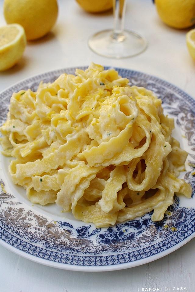 Fettuccine con mascarpone e limone