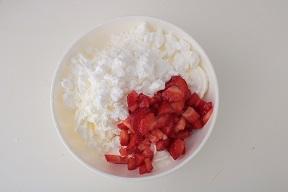 Eton mess- dolce al cucchiaio con fragole e meringhe