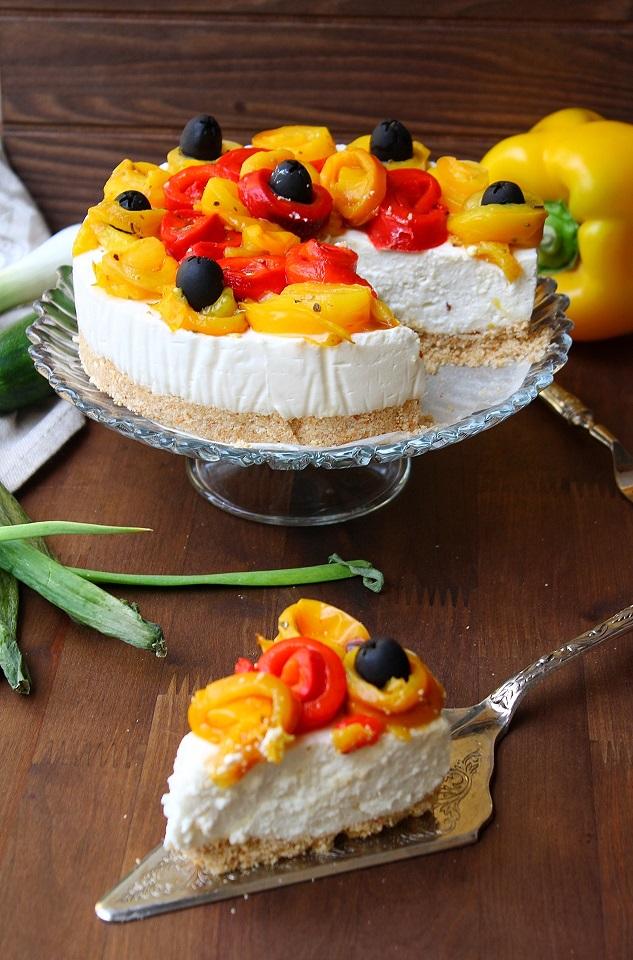 Cheesecake salata con peperoni e stracchino