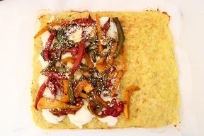 Rotolo di patate con peperoni e mozzarella