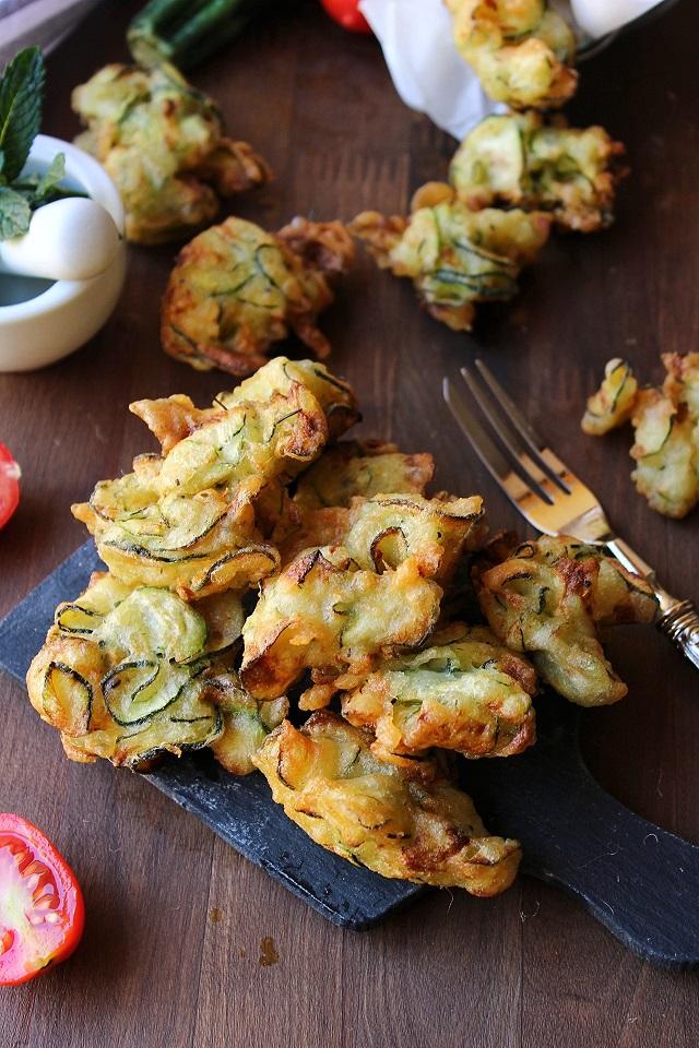 Frittelle di zucchine senza uova
