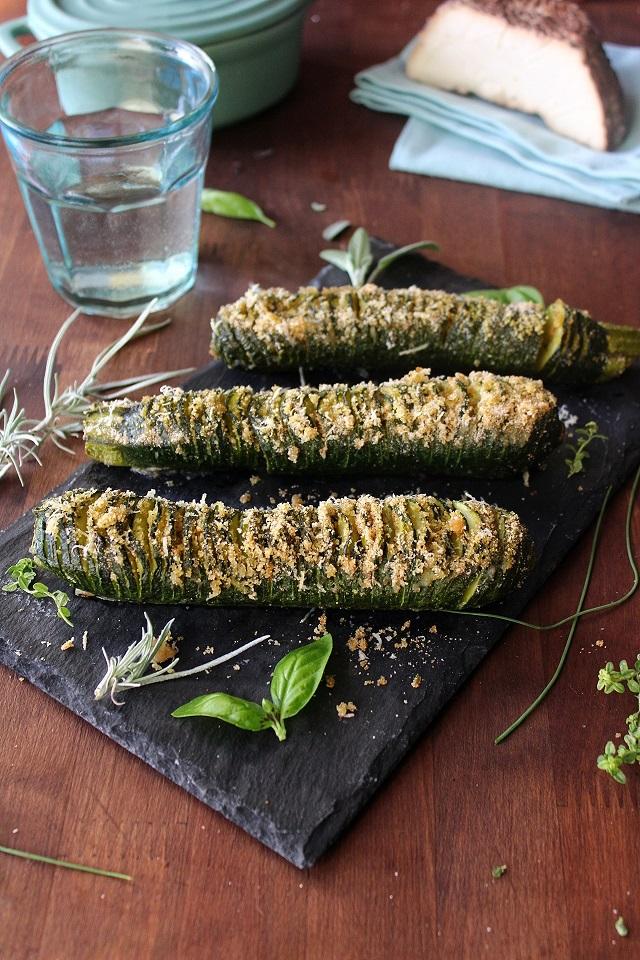 Zucchine hasselback