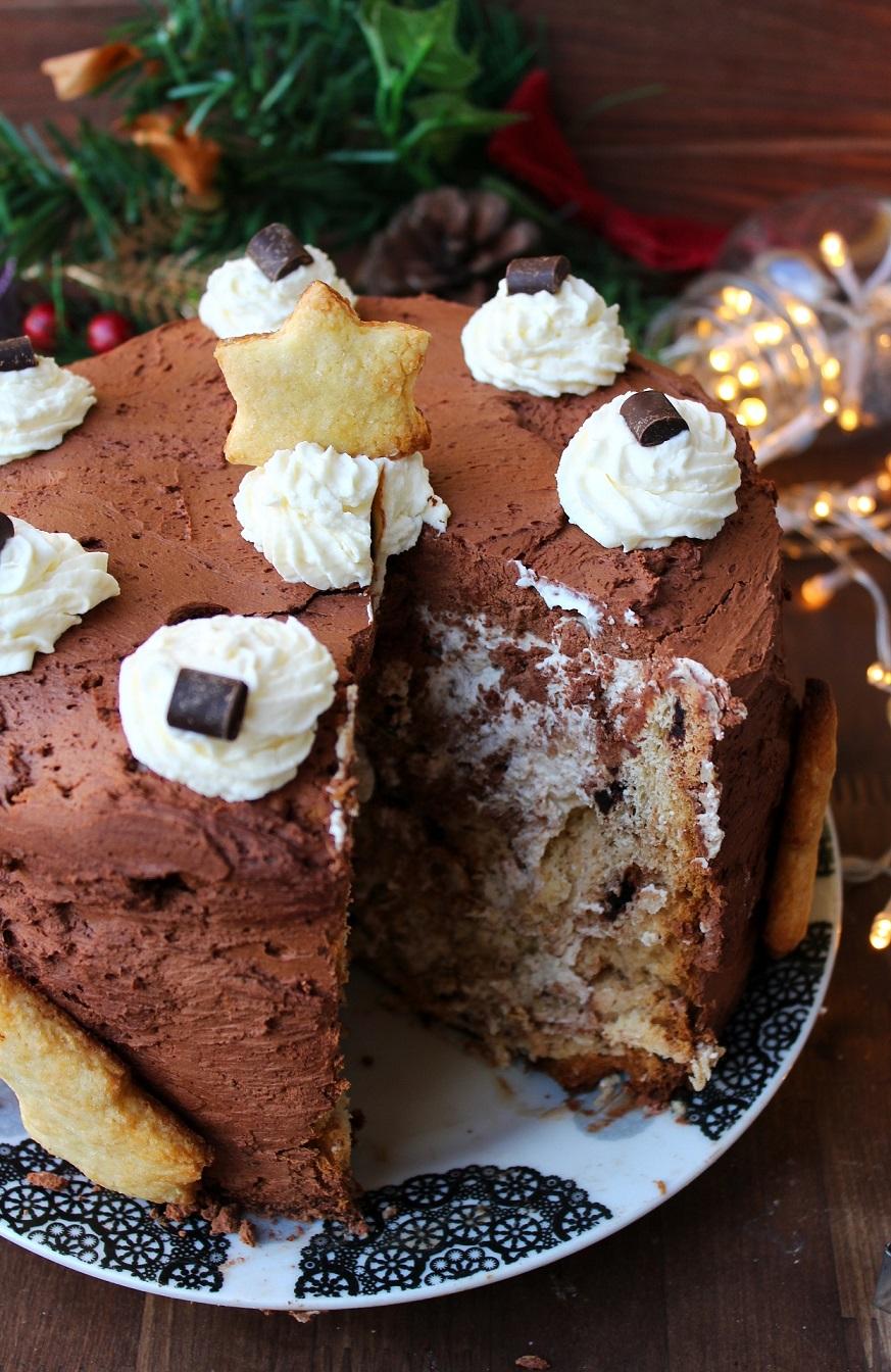 Panettone farcito con crema al caffè e cioccolato