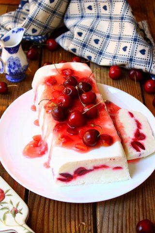 Mattonella yogurt e ciliegie