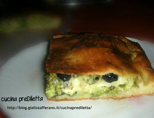 Schiacciata con broccoli e tuma, ricetta catanese