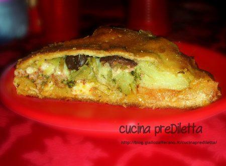Schiacciata con broccoli e salsiccia, ricetta catanese