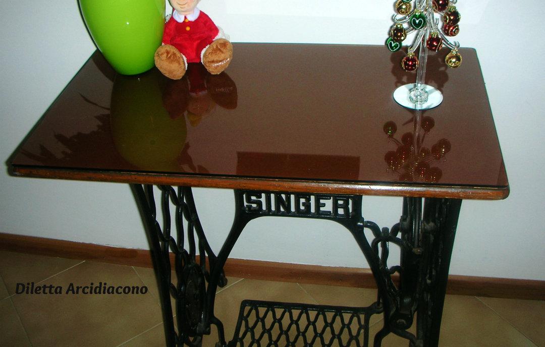 Tavolo per ingresso idea riciclo cucina prediletta - Mobili per macchine da cucire ...