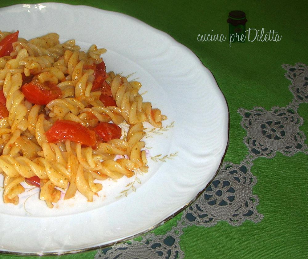 Pasta al brandy ricetta primo piatto veloce cucina for Primo piatto veloce