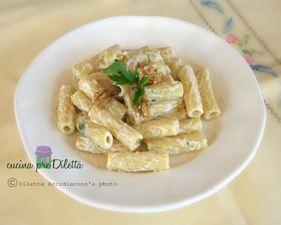 Pasta con noci e panna ricetta cucina prediletta - Panna da cucina ricette ...