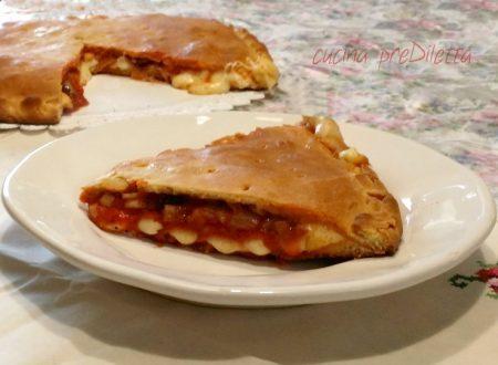 Schiacciata con tuma e prosciutto, ricetta siciliana