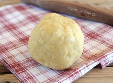 Pasta sfoglia veloce e facilissima