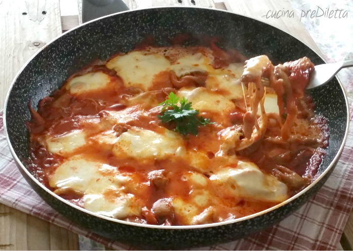 Pleurotus filanti con mozzarella, ricetta di funghi facile, cucina preDiletta, a cura di Diletta Arcidiacono