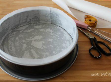 Come foderare una teglia con carta forno