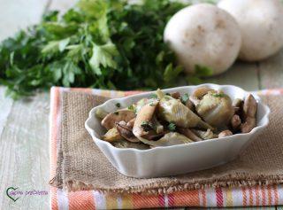 Funghi e carciofi trifolati