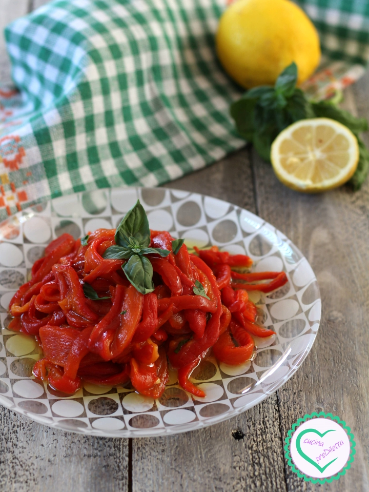 Peperoni grigliati al forno