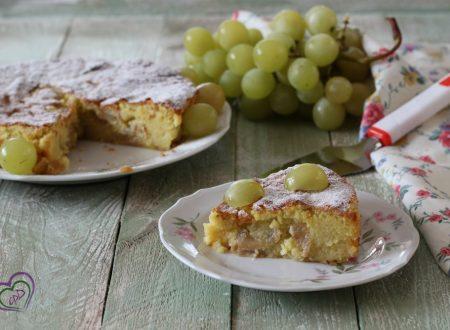 Torta dolce di patate e uva senza farina né burro
