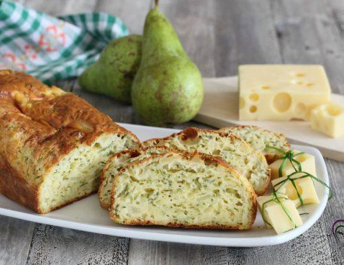Plum cake salato con formaggio e pere