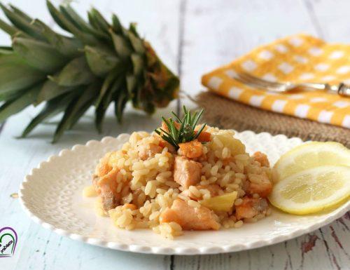 Risotto con salmone e ananas