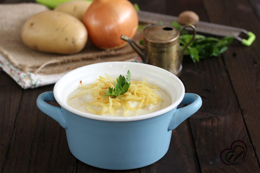 Zuppa di pollo al latte