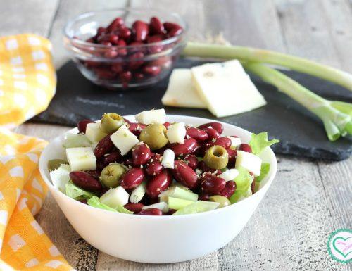 Insalata di fagioli rossi, olive e primo sale
