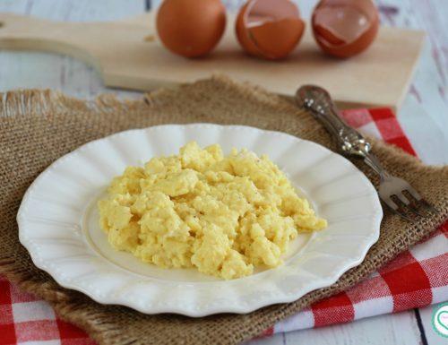 Uova strapazzate al parmigiano