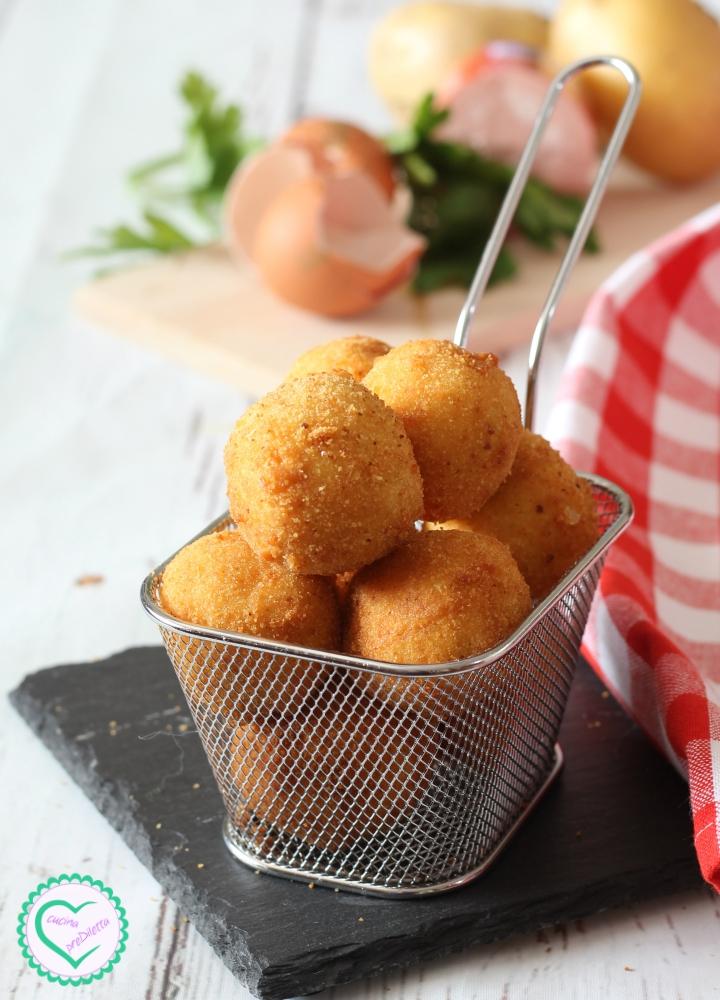 Polpette di patate con mortadella