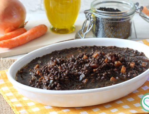 Zuppa di lenticchie nerine siciliane