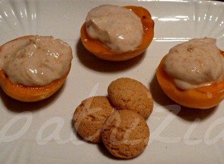 dessert di albicocche con crema di amaretti, ricetta light