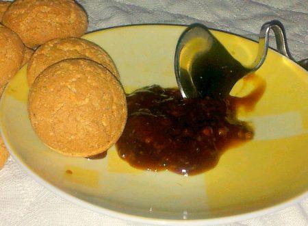marmellata di pesche noci e amaretti