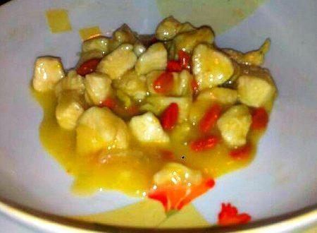 pollo agrodolce con bacche di goji