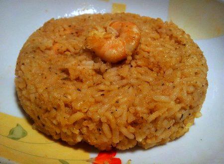 riso Jasmin al profumo di spumante con crema di zucchine, curry e scampi