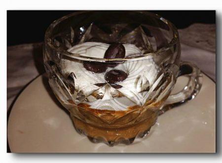 crema di caffè e amaretti