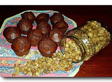 muffin integrali al cacao con farro, miele e gelso
