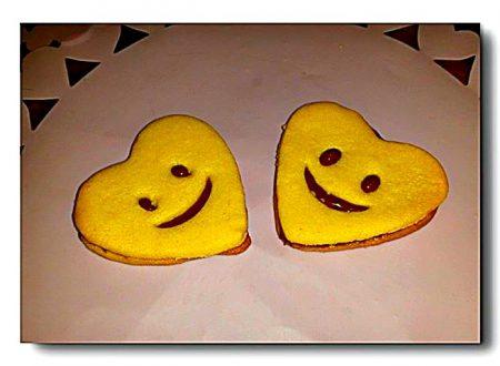 biscotti faccine alla nutella di pasta sucrée allo zafferano