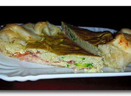 torta salata del riciclo, zucchine e prosciutto in crema di ricotta agli aromi